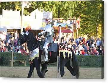 Maryland Renaissance Festival - Jousting And Sword Fighting - 121233 Canvas Print