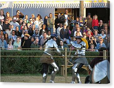 Maryland Renaissance Festival - Jousting And Sword Fighting - 121235 Canvas Print by DC Photographer