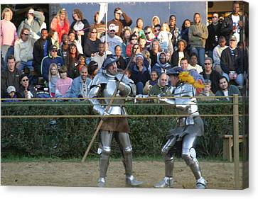 Maryland Renaissance Festival - Jousting And Sword Fighting - 121238 Canvas Print by DC Photographer