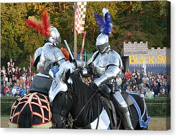 Maryland Renaissance Festival - Jousting And Sword Fighting - 121247 Canvas Print by DC Photographer