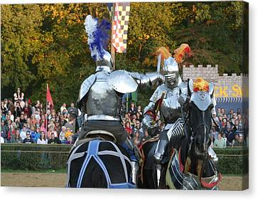 Maryland Renaissance Festival - Jousting And Sword Fighting - 121248 Canvas Print