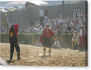 Maryland Renaissance Festival - Jousting And Sword Fighting - 121287 Canvas Print by DC Photographer