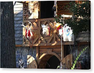 Maryland Renaissance Festival - Merchants - 121237 Canvas Print by DC Photographer