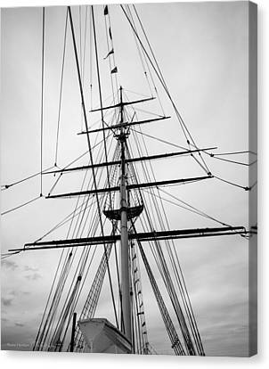Canvas Print featuring the photograph Masts Of The Cutty Sark by Ross Henton