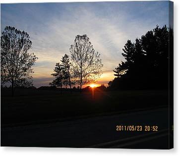May 23 Sunset One Canvas Print by Tina M Wenger