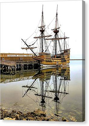 Mayflower II Reflections Canvas Print by Janice Drew