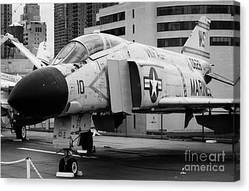 Mcdonnell F4n Phantom On The Flight Deck Uss Intrepid F4 Canvas Print