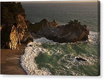 Canvas Print featuring the photograph Mcway Falls 1 by Lee Kirchhevel