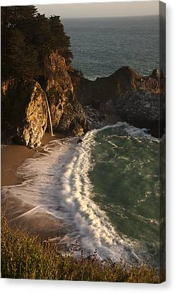 Canvas Print featuring the photograph Mcway Falls 2 by Lee Kirchhevel