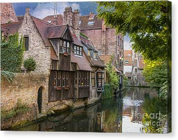 Medieval Bruges Canvas Print by Juli Scalzi