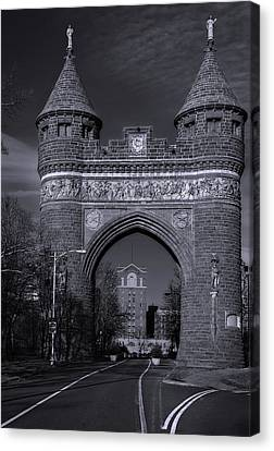 Memorial Arch Hartford Connecticut Canvas Print by Phil Cardamone