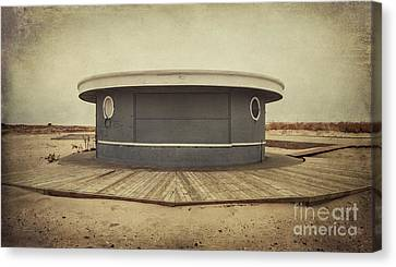 Memories In The Sand Canvas Print by Evelina Kremsdorf