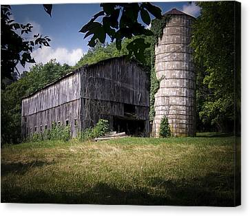 Memories Of Peak's Mill Canvas Print by Wayne Stacy