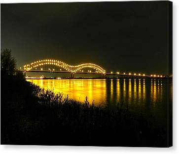 Memphis - Hernando De Soto Bridge 001 Canvas Print by Lance Vaughn