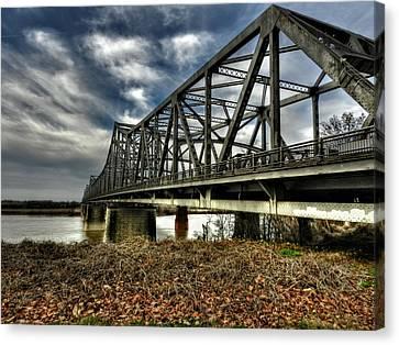 Memphis - Memphis And Arkansas Bridge 001 Canvas Print by Lance Vaughn