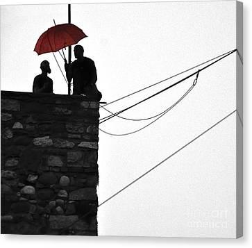 Men At Work Canvas Print by Simona Ghidini