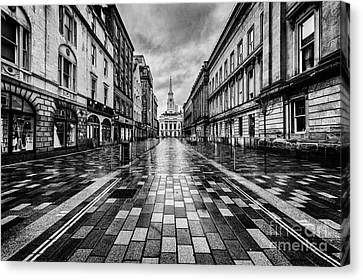 Merchant City Glasgow Canvas Print by John Farnan