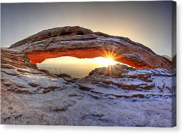 Canvas Print featuring the photograph Mesa Sunburst by David Andersen