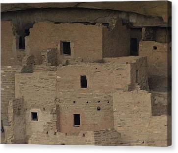 Mesa Verde Cliff Dwellings Canvas Print by Dan Sproul