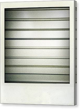 Metal Texture Canvas Print by Les Cunliffe