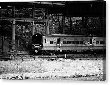 Metro North Railroad Train Approaches Spuyten Duyvil Statin Under Bridge New York Canvas Print