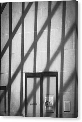 Metropolitan Museum Of Art - Minimalist Black-and-white Canvas Print by Jon Woodhams