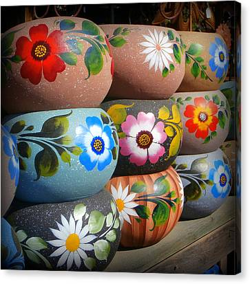 Mexican Pottery In Old Town Canvas Print by Karyn Robinson