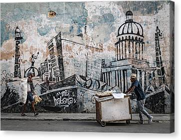 Cupola Canvas Print - Mi Habana by Andreas Bauer
