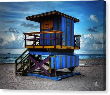Miami - South Beach Lifeguard Stand 002 Canvas Print by Lance Vaughn