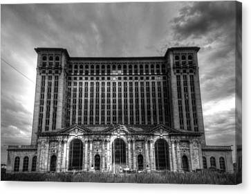 Michigan Central Station Bw Canvas Print