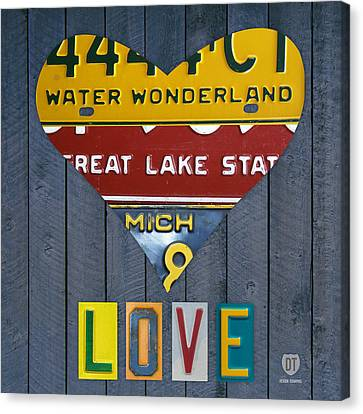 Michigan Love Heart License Plate Art Series On Wood Boards Canvas Print