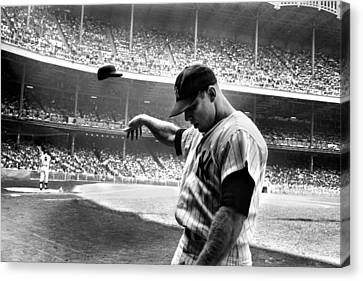 Mlb Canvas Print - Mickey Mantle by Gianfranco Weiss