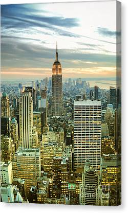 Midtown Manhattan And Empire State Building New York City Canvas Print