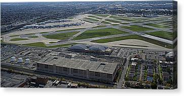 Midway Airport Chicago Airplanes 02 Canvas Print