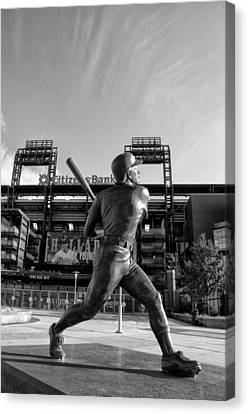 Mike Schmidt Statue In Black And White Canvas Print