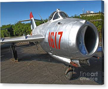 Mikoyan-gurevich Fresco Mig-17 Canvas Print by Gregory Dyer