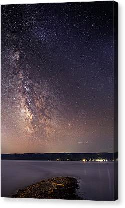 Milky Way On Cayuga Lake Ithaca New York Canvas Print by Paul Ge