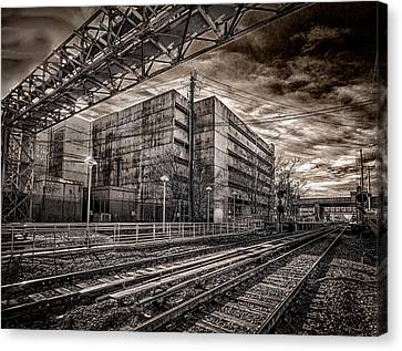 Canvas Print featuring the photograph Mineola Station by Steve Zimic