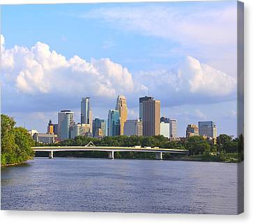 Minneapolis On River3 Canvas Print by Susan Crossman Buscho