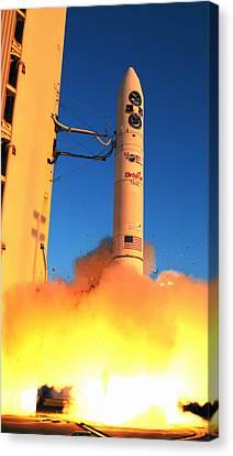 Minotaur Iv Rocket Launches Falconsat-5 Canvas Print by Science Source