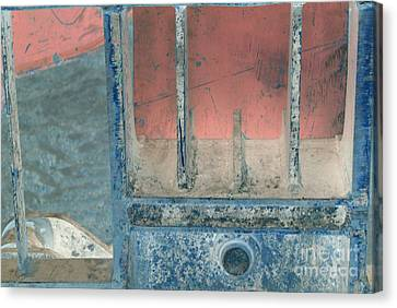 Missing Middle Bar Right Horizontal Canvas Print by Heather Kirk