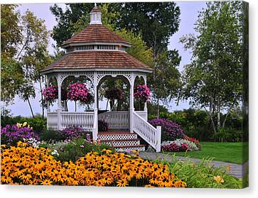 Mission Point Resort Gazebo On Mackinac Island Canvas Print