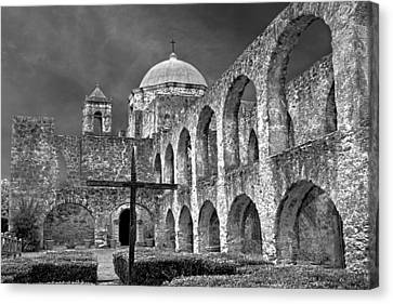 Canvas Print featuring the photograph Mission San Jose Arches Bw by Jemmy Archer