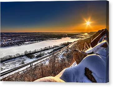 Mississippi River Sunrise Canvas Print by Tom Gort