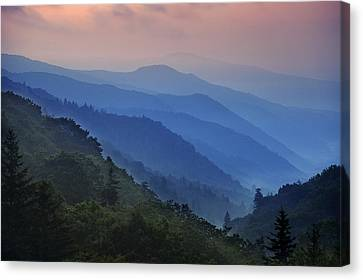 Misty Morning In The Mountains Canvas Print by Andrew Soundarajan