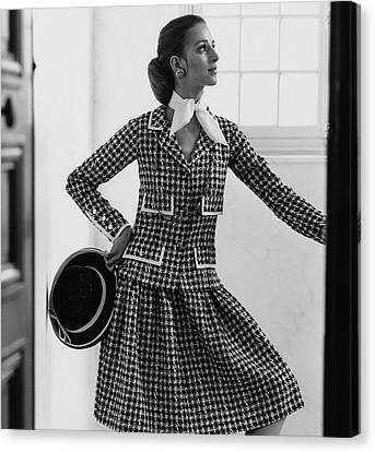 Model Wearing A Chanel Suit Canvas Print