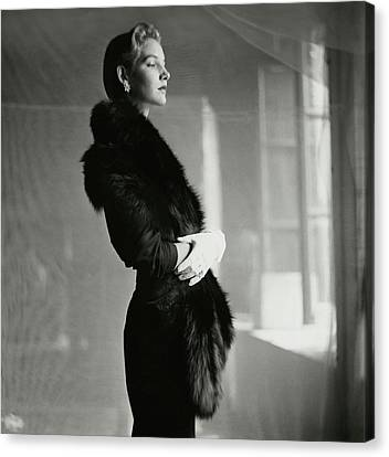 Model Wearing A Fur Stole And Gloves Canvas Print