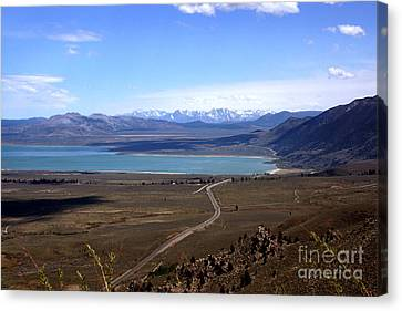 Canvas Print featuring the photograph Mono Lake And The Sierra Nevada by Thomas Bomstad
