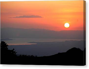 Monte Verde Sunset Canvas Print