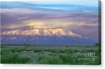 Monte Vista Sunrise 1 Canvas Print
